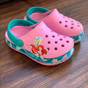 Little mermaid crocs size 7